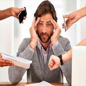 trabajador con exceso de trabajo